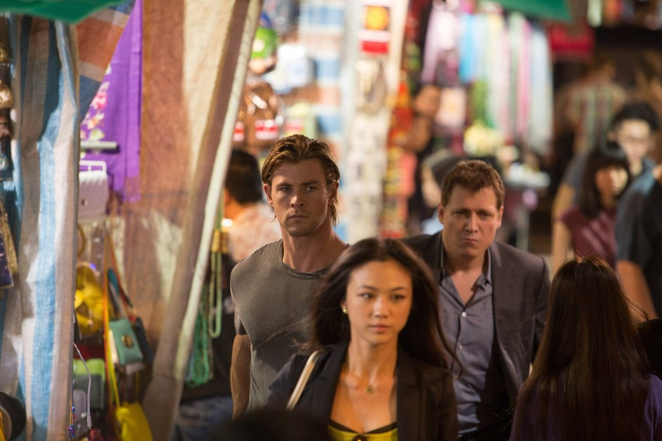 Chris Hemsworth et Tang Wei dans Hacker de Michael Mann