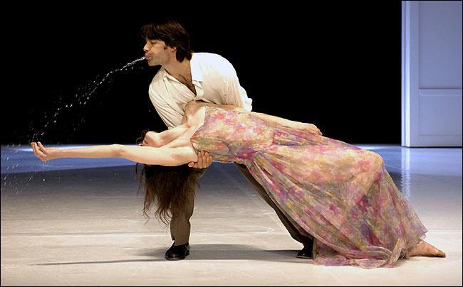 Helena Pikon et Rainer Behr lors d'une représentation à la Brooklyn Academy of Music. © Stephanie Berger for The New York Times