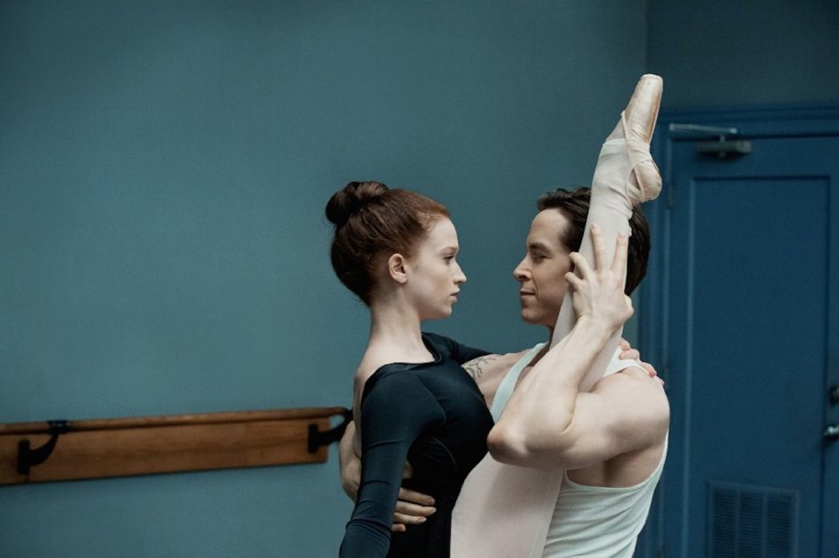 Claire (Sarah Hay) et Ross (Sascha Radetsky) © Patrick Harbron - Starz Entertainment, LLC