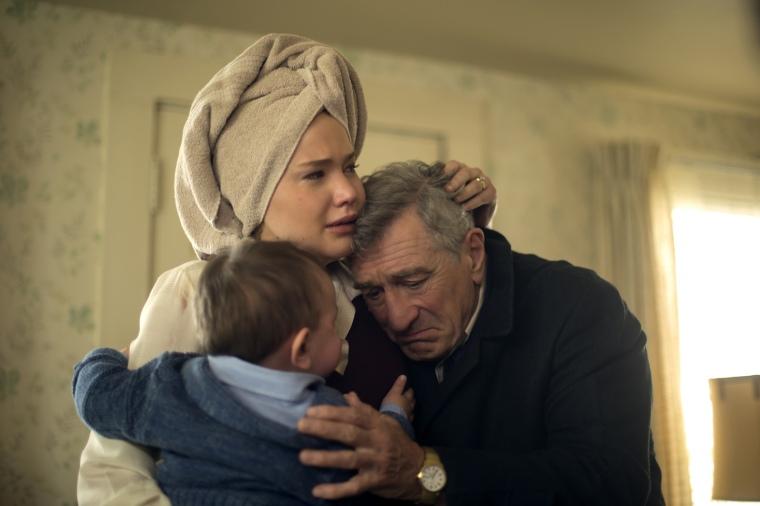 Robert de Niro et Jennifer Lawrence dans Joy de David O. Russel © 2015 Twentieth Century Fox
