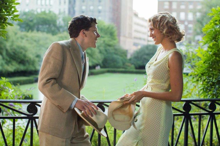 Bobby (Jesse Eisenberg) et Veronica (Blake Lively) dans Café Society de Woody Allen © Gravier Productions, Inc. - Sabrina Lantos