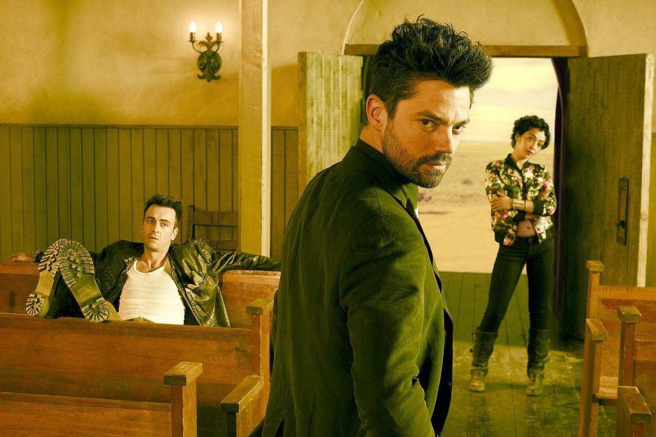 Cassidy (Joseph Gilgun), Jesse Custer (Dominic Cooper) et Tulip (Ruth Negga) dans Preacher sur AMC © Matthias Clamer/AMC