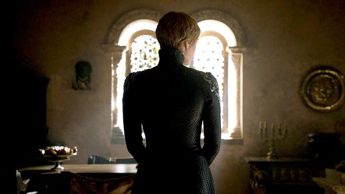 La sixième saison est celle de la vengeance pour Cersei Lannister (Lena Headey). La Reine Mère parvient à se débarrasser de tous ses ennemis à Kings Landing et accède au Trône de Fer. © HBO distribution