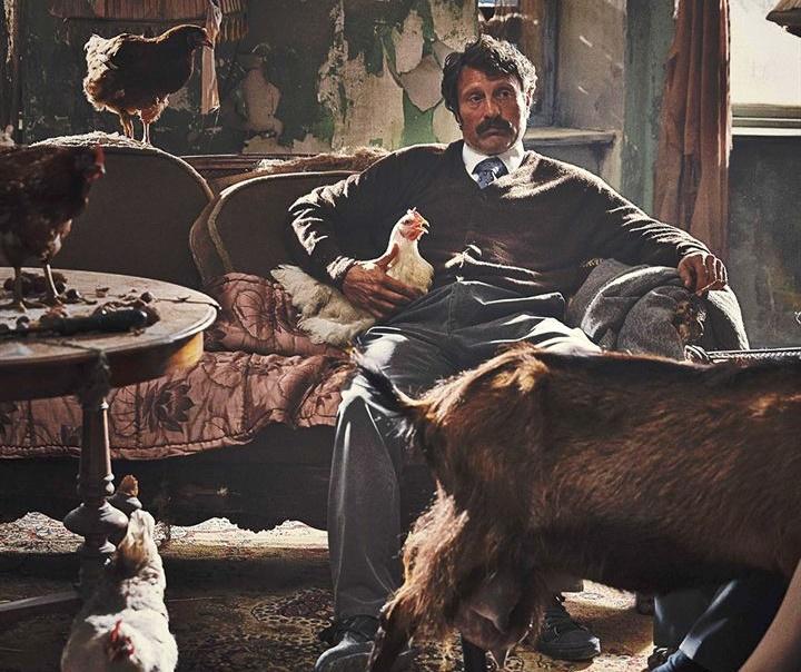 Men-and-Chicken-Anders-Thomas-Jensen-Mads-Mikkelsen-comédie-noire-fantastique-danoise-copyright-Urban-Distribution