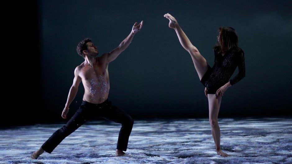 Duo de danseurs dans Polina d'Angelin Preljocaj : Jérémie Bélingad et Anastasia Shevtsova © Carole Bethuel - Everybody on Deck
