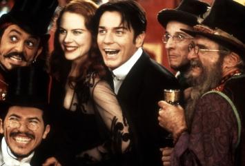 Christian (Ewan McGregor) et Satine (Nicole Kidman) s'apprêtent à vivre leur plus grande histoire d'amour dans le magnifique Moulin Rouge ! de Baz Luhrmann © UFD