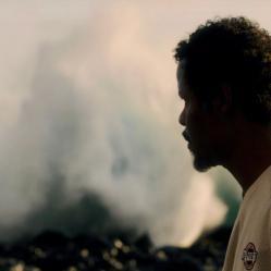 """Réalisé par Emmanuel Parraud à la Réunion, """"Sac la mort"""" conte la solitude d'un homme, Patrice, au bord de la folie. © Les Films de l'Atalante"""