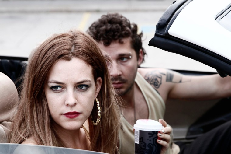 Krystal (Riley Keough) gère son petit business d'une main de fer, assistée par Jake (Shia Labeouf) dans American Honey d'Andrea Arnold © Robbie Ryan