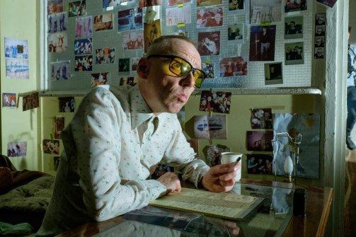 Spud (Ewen Bremner) se découvre un talent pour l'écriture, clin d'oeil à l'auteur de Trainspotting, Irvine Welsh © Sony Pictures Releasing France