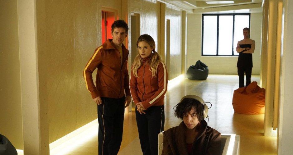 Syd (Rachel Keller) et David (Dan Stevens) et Lenny (Aubrey Plaza) à l'hôpital psychiatrique © Copyright 2017, FX Networks.